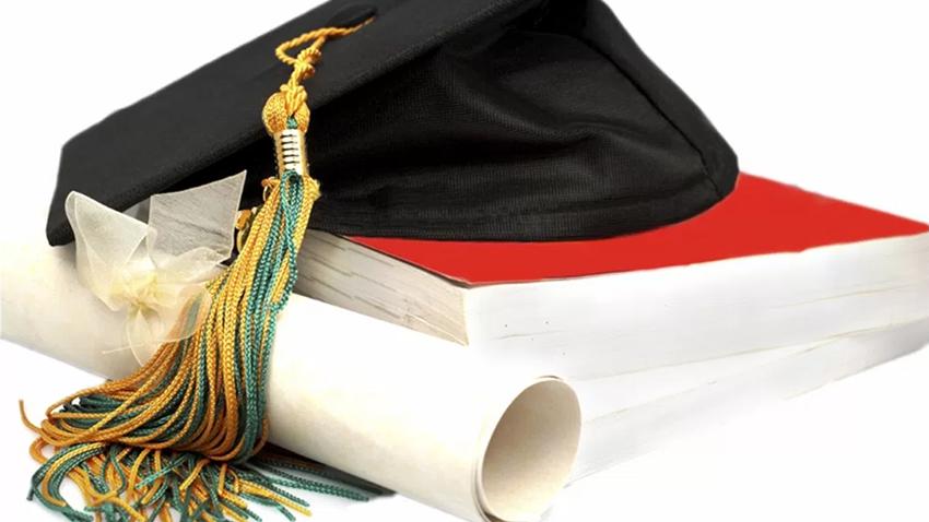Diplomas pré-Bolonha equiparados a graus superiores nos